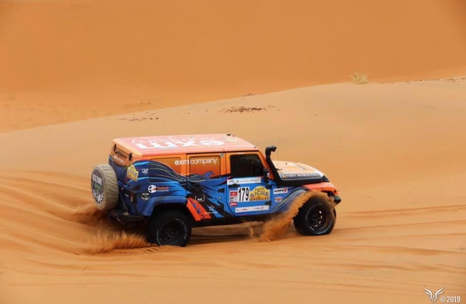 Jeep dans le désert Gazelle EXM
